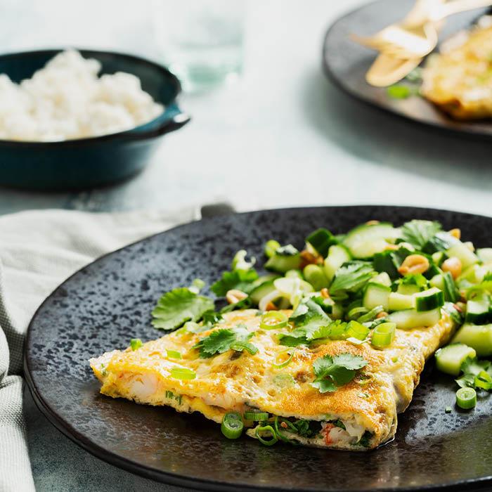Vietnamese omelet met garnalen en lente-ui