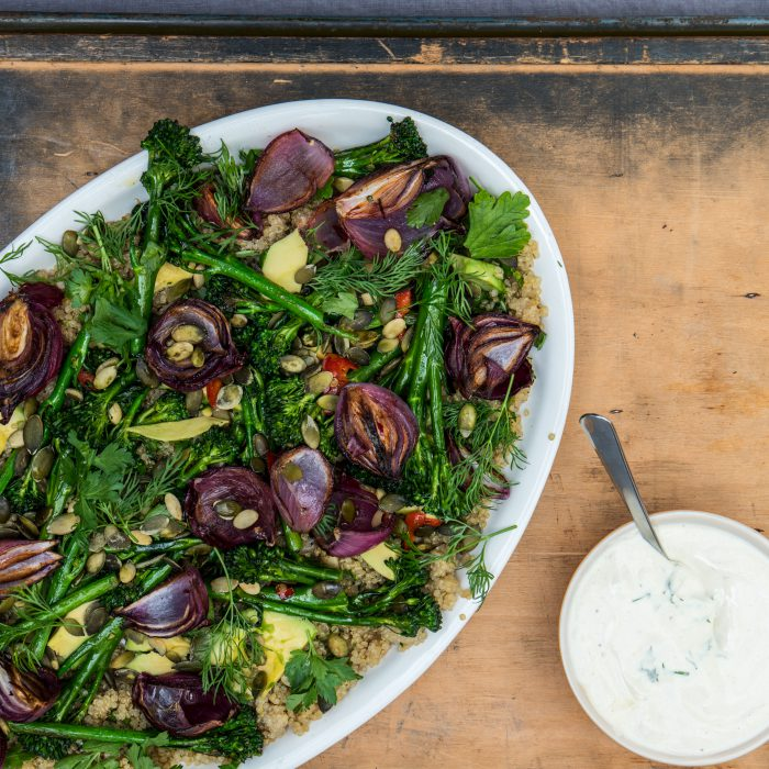 Quinoa met avocado en bimi