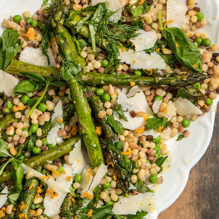Fregola salade met groene asperges