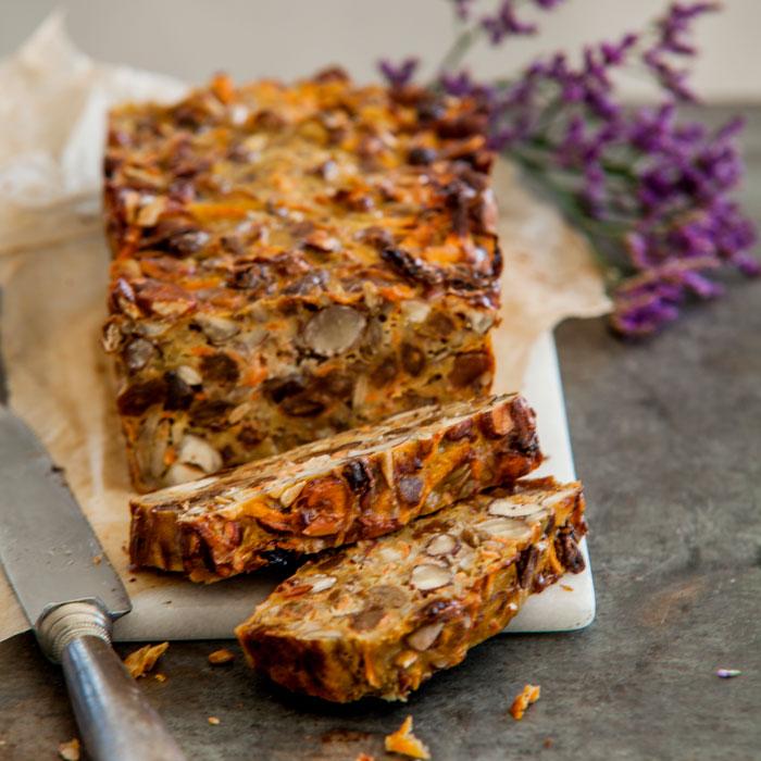 Wortel notenbrood met rozijnen